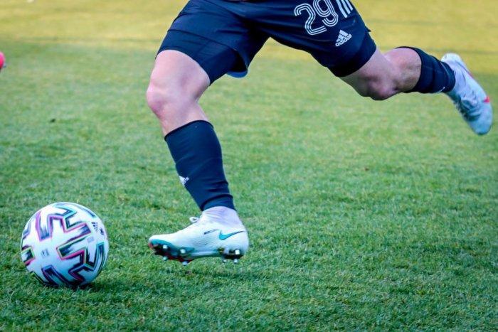 Ilustračný obrázok k článku Futbalisti ViOn-u si napravili chuť: Ružomberku strelili 3 góly