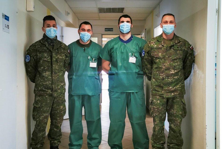 Ilustračný obrázok k článku Zvolenská nemocnica prijala desiatky covidových pacientov: Na pomoc prišli aj vojaci