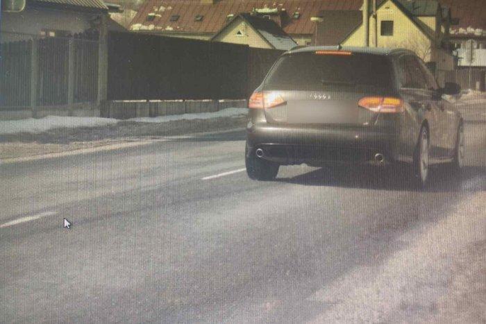 Ilustračný obrázok k článku Mestom sa rútil poriadnou rýchlosťou: Policajti chytili na severe Slovenska cestného piráta