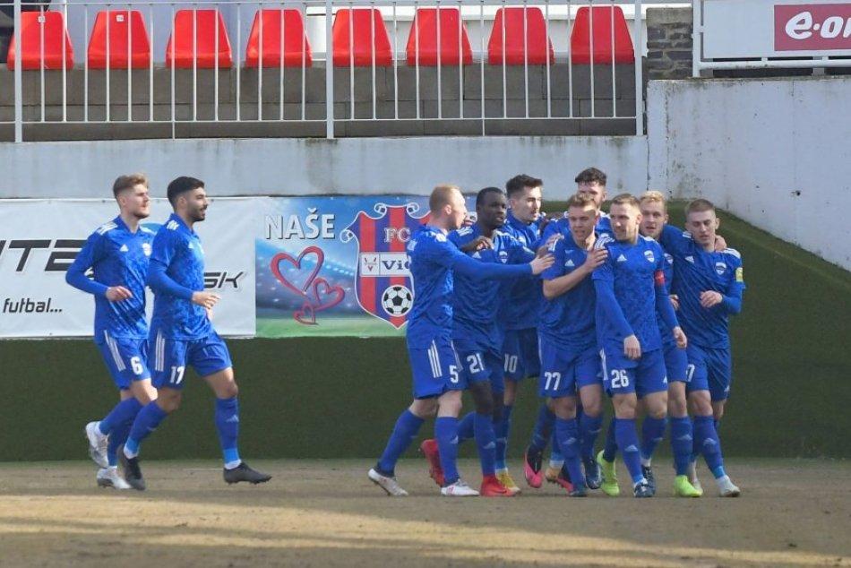 Ilustračný obrázok k článku Futbalisti Nitry s dôležitým víťazstvom: V dohrávke si poradili so Sereďou, FOTO