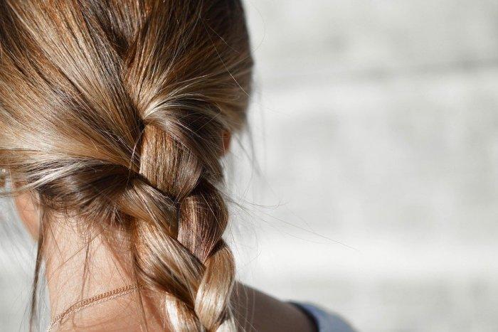 Ilustračný obrázok k článku Výber šampónu na vlasy podľa typu a problému