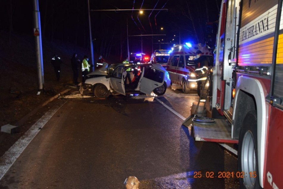 Ilustračný obrázok k článku Nové INFO o tragickej nehode v Bystrici: Polícia prehovorila, bol v tom alkohol? FOTO