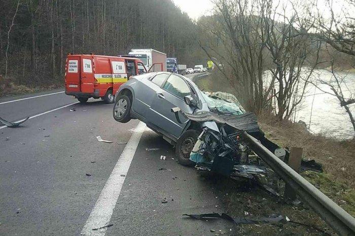 Ilustračný obrázok k článku Tragická nehoda v Ružomberku: Jeden človek neprežil, druhý je ťažko zranený! FOTO