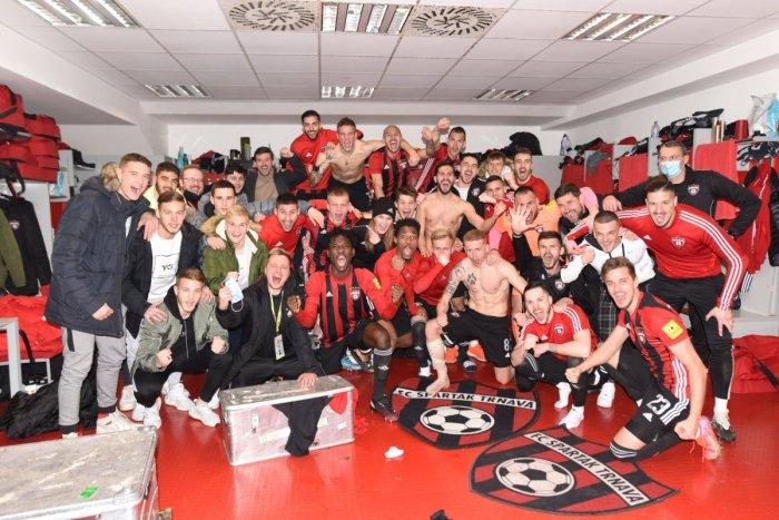 Ilustračný obrázok k článku Kto ich ZASTAVÍ? Futbalisti Trnavy to valcujú jedna radosť a sú už TRETÍ! FOTO
