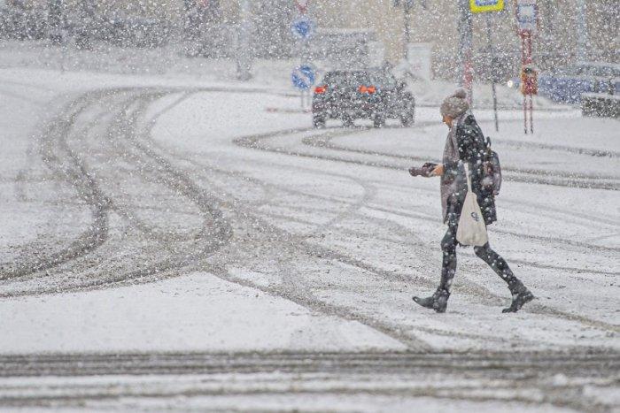 Ilustračný obrázok k článku Zima hlási návrat! Na Slovensko mieri arktický vzduch, prinesie MRAZY a sneženie