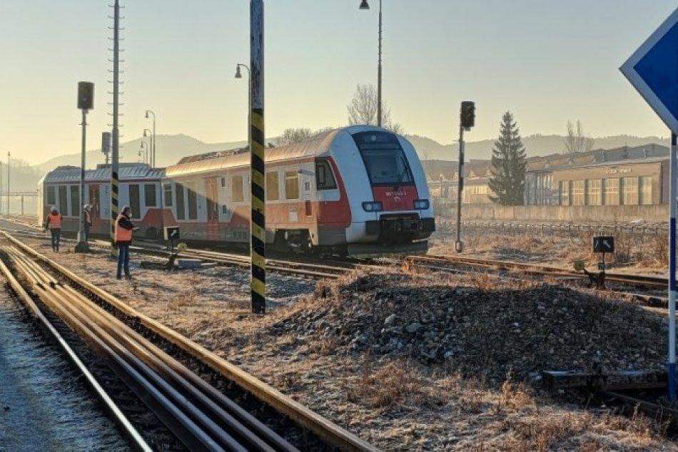 Ilustračný obrázok k článku V Brezne sa vykoľajil vlak: Prvé INFO a FOTO z miesta