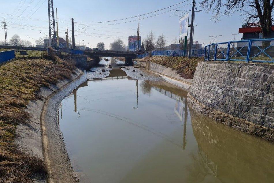 Ilustračný obrázok k článku Mlynský náhon začali vypúšťať. Prečo a ako dlho bude bez vody? FOTO