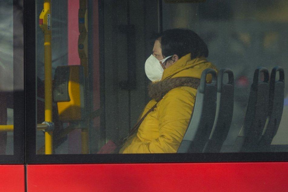 Ilustračný obrázok k článku Kto nemusí mať respirátor? Na zoznam výnimiek pribudli ďalší zamestnanci
