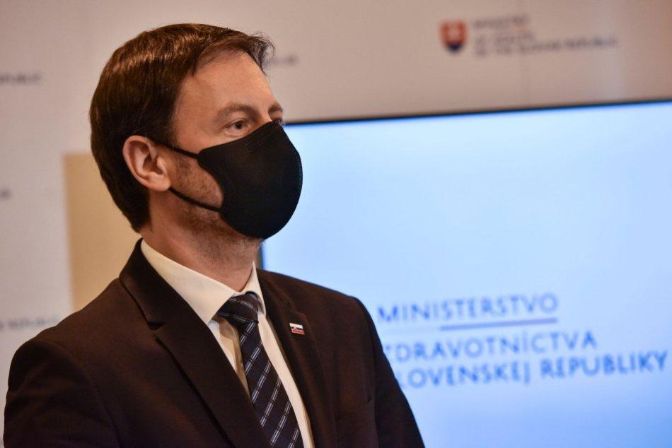 Ilustračný obrázok k článku Slovensko sa dostáva do lepších COVID farieb: Už iba dva okresy budú čierne!