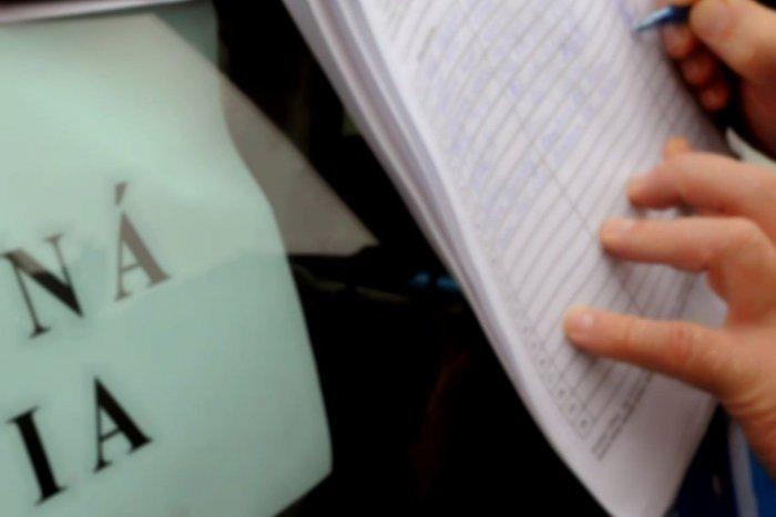 Ilustračný obrázok k článku Dobšiná: Samospráva vlani riešila iba jednu petíciu
