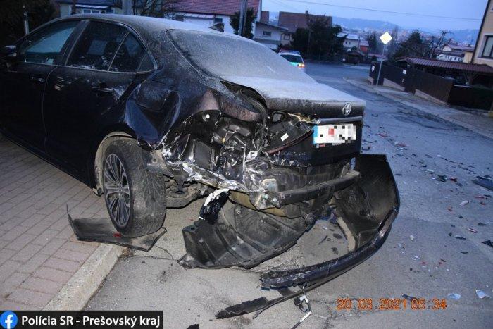 Ilustračný obrázok k článku Vyčíňanie opitého Popradčana na Orlickej: Takto zrámoval Toyotu, skončil v plote! FOTO