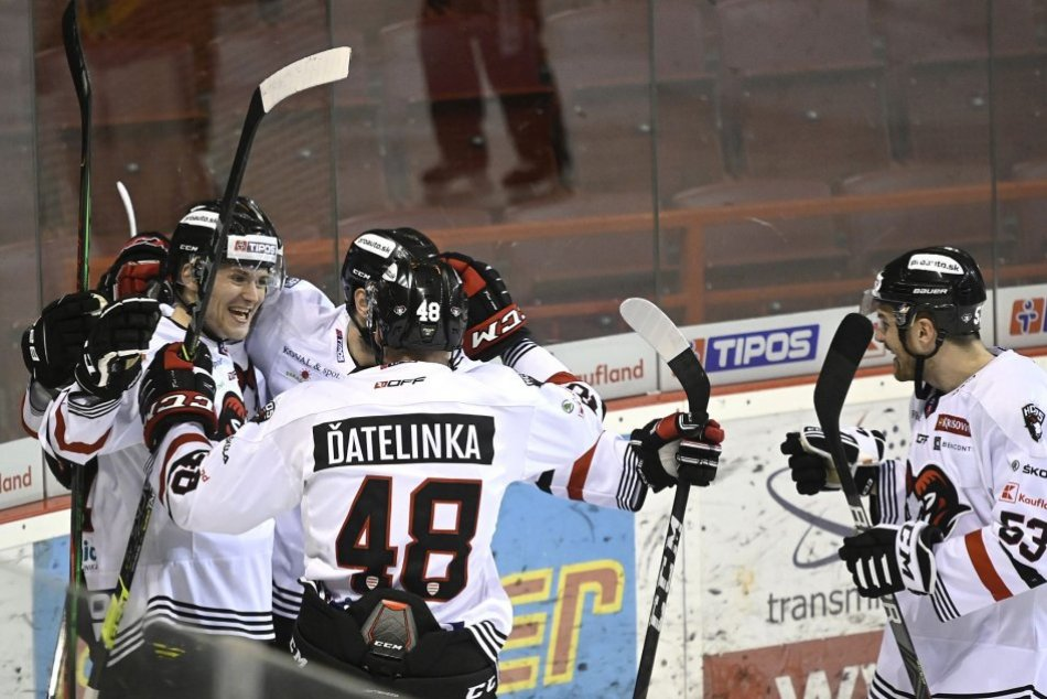 Ilustračný obrázok k článku Bystrický hokejový klub mení majiteľov: Má ísť o bývalých hokejistov