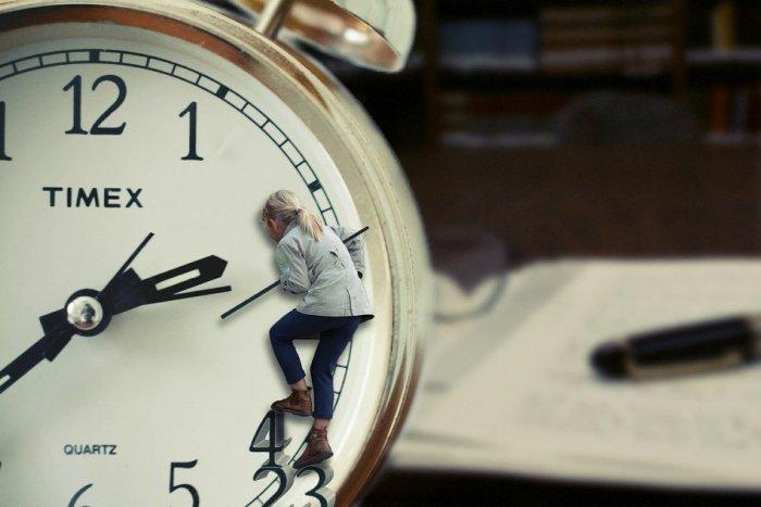 Ilustračný obrázok k článku Nezabudnite si prestaviť hodinky! Prechádzame na letný čas