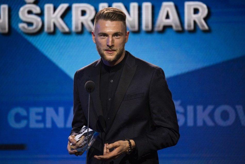 Ilustračný obrázok k článku Milan Škriniar obhájil honor Futbalista roka: Vyzdvihol však aj iných, VIDEO