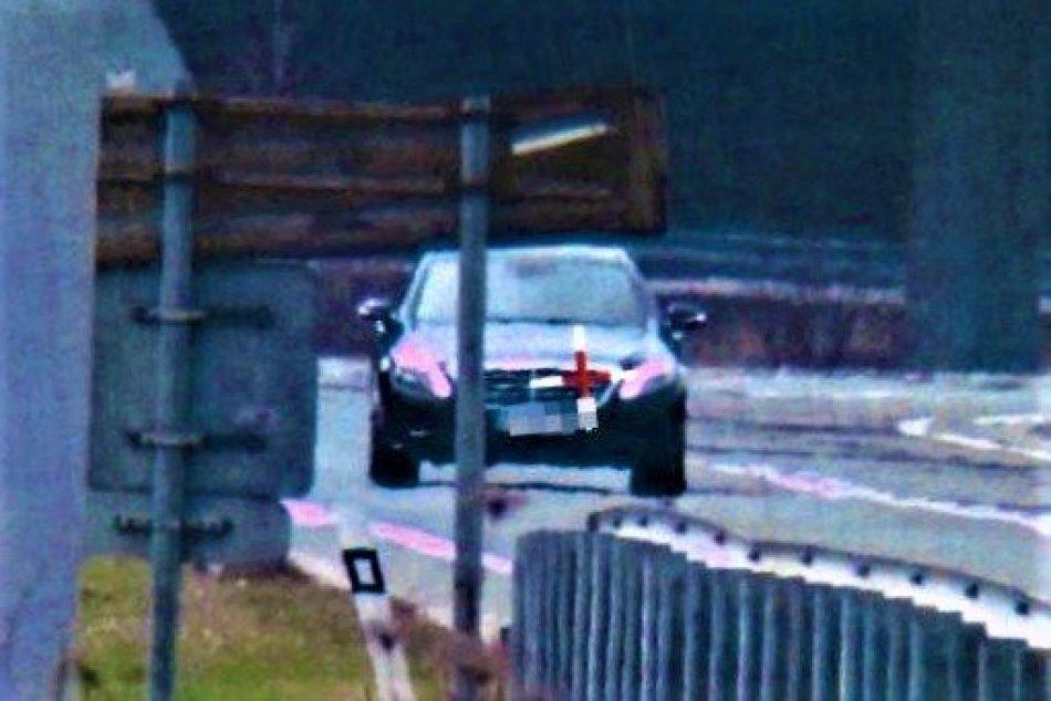 Ilustračný obrázok k článku Polícia z Považskej si posvietila na problémový úsek: Padali mastné pokuty, FOTO