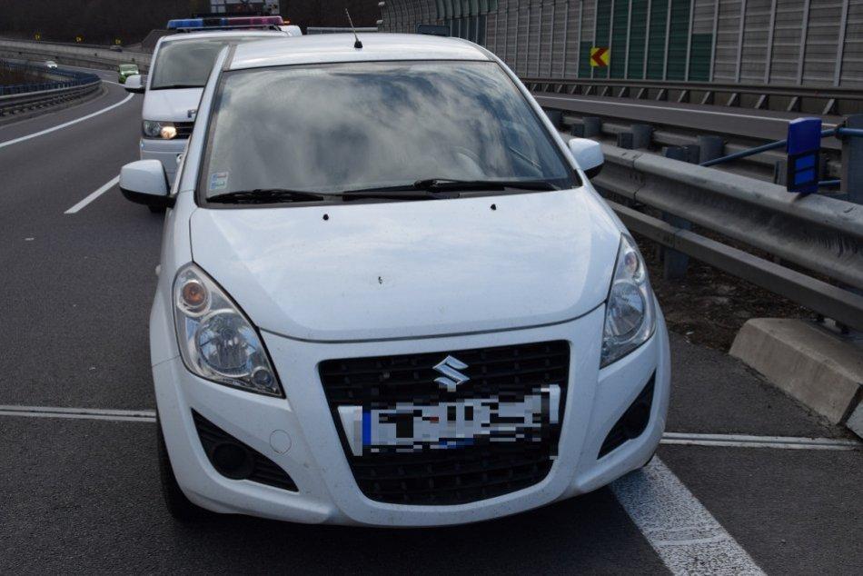 Ilustračný obrázok k článku Záhadne opustené auto na R1: Stopa viedla do Žiaru, čo sa vlastne stalo?
