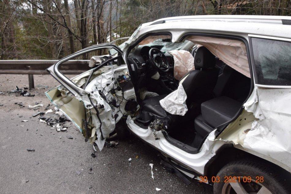 Ilustračný obrázok k článku Neďaleko Zvolena došlo k nehode 2 áut: Na mieste zasahujú všetky záchranné zložky