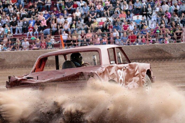 Ilustračný obrázok k článku Adrenalín priamo v Zámkoch: Investor chce vybudovať areál pre demolačné derby
