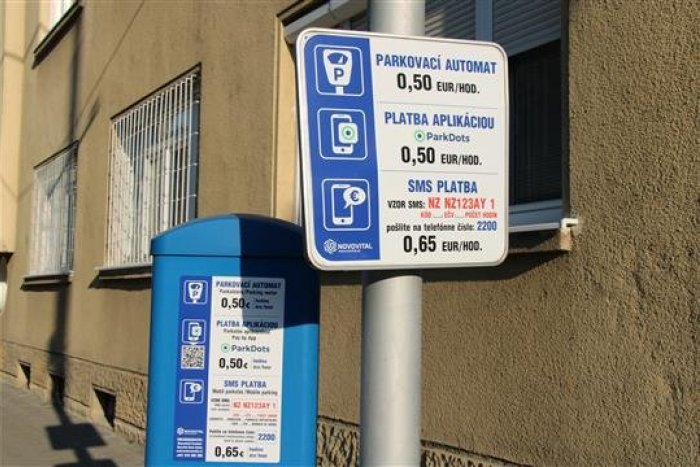 Ilustračný obrázok k článku Nový parkovací systém v centre mesta: Skontrolovať vás môže aj zamestnanec Novovitalu