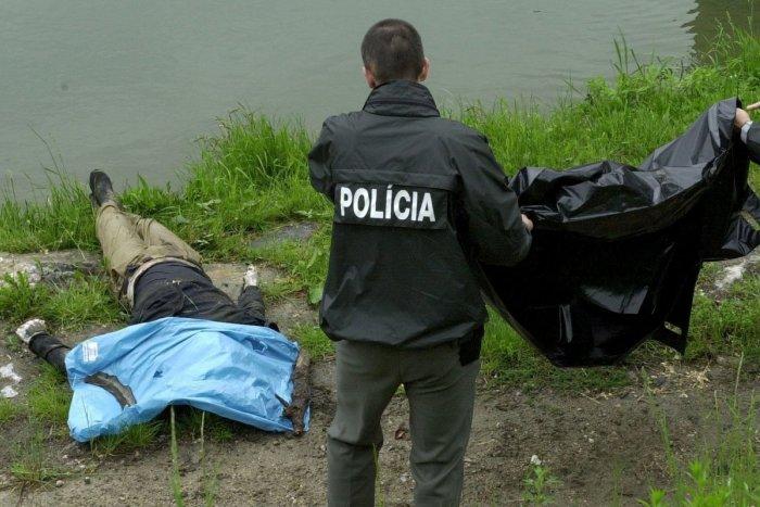 Ilustračný obrázok k článku Najhoršie obavy Považskobystričanov sa potvrdili: Z Váhu vytiahli mŕtvolu