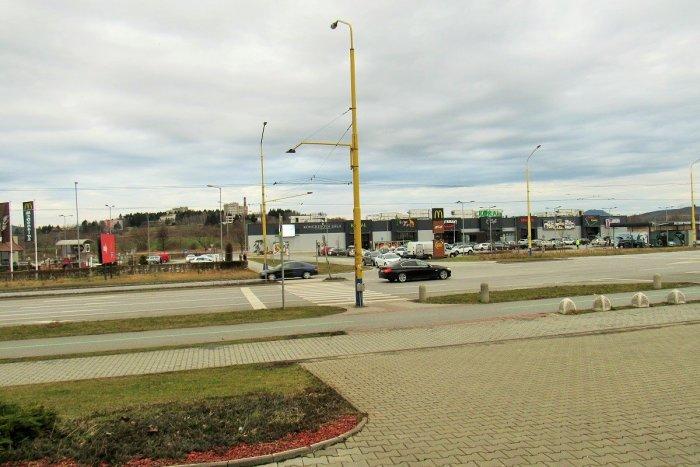 Ilustračný obrázok k článku Novinka na Sekčove: Cestnú signalizáciu na Karpatskej zrekonštruujú, MHD bude mať prednosť
