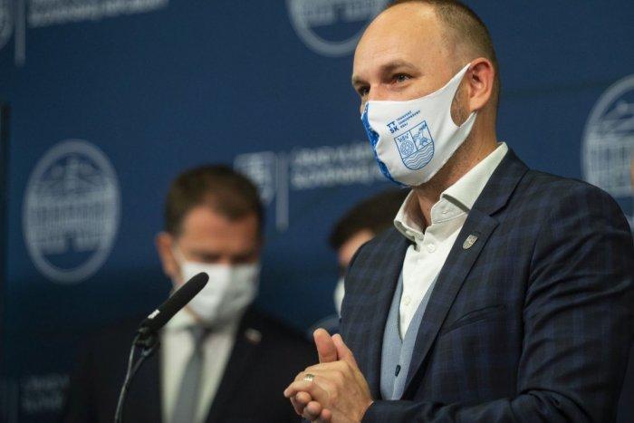 Ilustračný obrázok k článku Viskupič sa chce stretnúť s ministrom zdravotníctva: Reč bude o zefektívnení očkovania