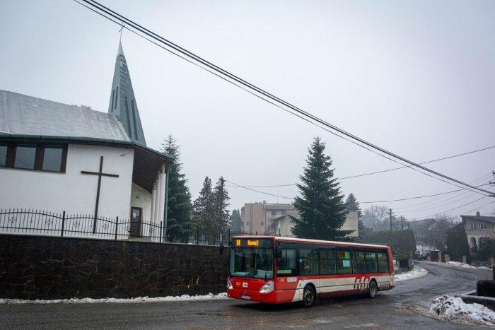 Ilustračný obrázok k článku Obmedzenie ešte chvíľu potrvá: V obci pri Prešove stále pracujú na výstavbe kanalizácie