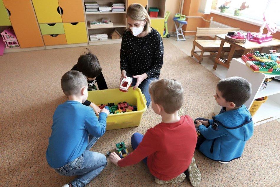 Ilustračný obrázok k článku Radnica zverejnila OZNAM pre rodičov: Blíži sa zápis detí do materských škôl