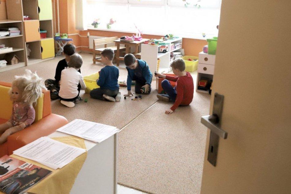 Ilustračný obrázok k článku Veľký návrat mladších detí do škôl a škôlok: Takto to vyzeralo vo Zvolene, FOTO