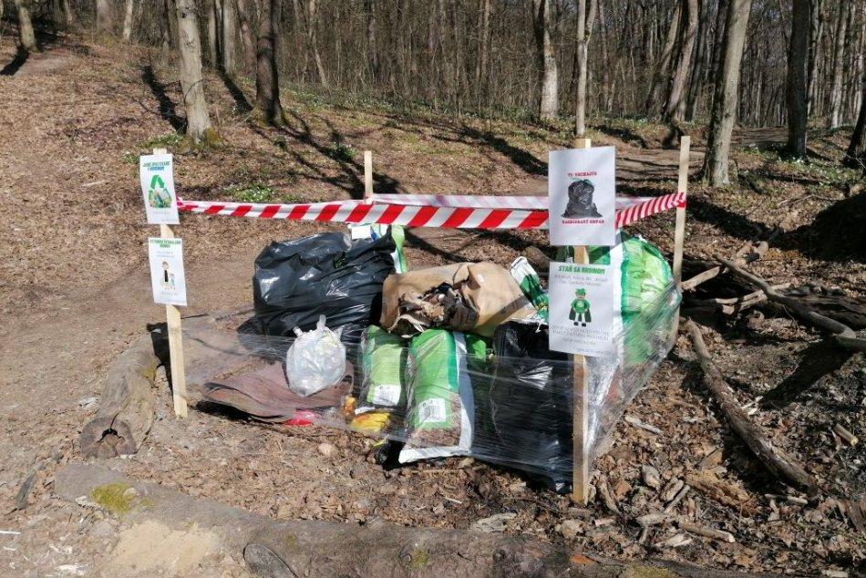 Ilustračný obrázok k článku Každé vrece sa ráta! Upratovacia aktivita v Humennom má pozitívnu odozvu, FOTO