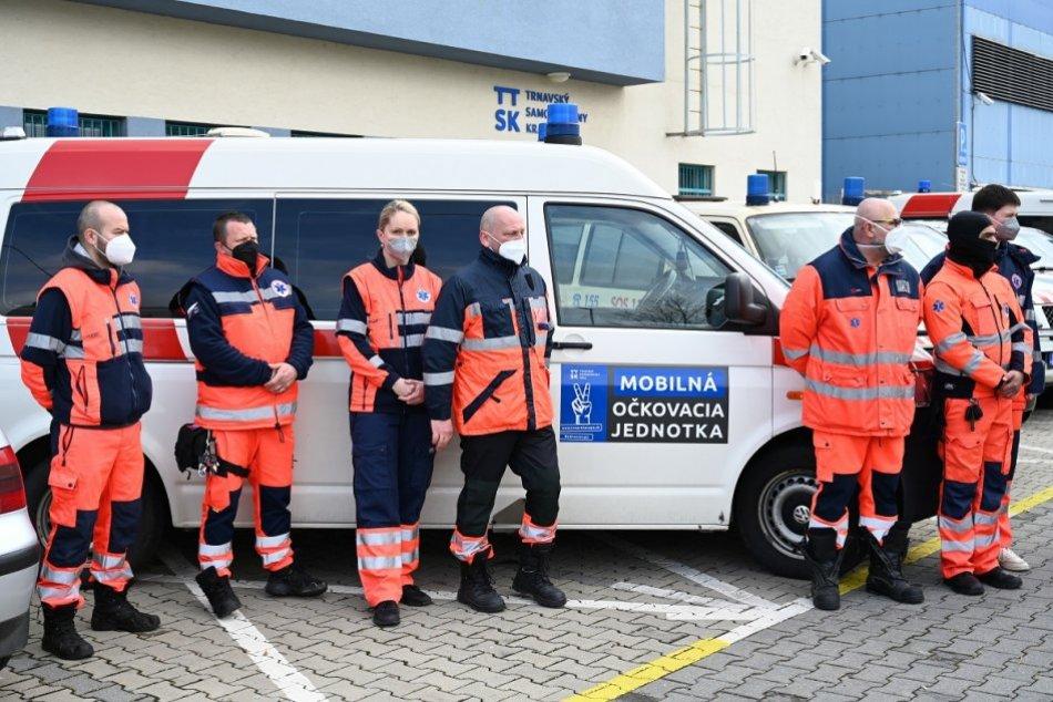 Ilustračný obrázok k článku Novinka v Trnavskom kraji: Mobilné očkovacie tímy môžu prísť až k vám domov, FOTO