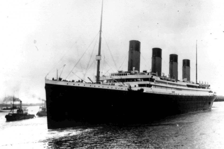 Ilustračný obrázok k článku Príbeh, z ktorého mrazí aj po 109 rokoch: Pri skaze Titanicu zomrelo vyše 1 500 ľudí