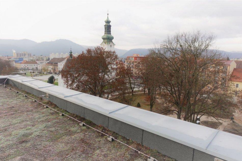 Ilustračný obrázok k článku V centre Zvolena pribudla zelená strecha: Viete, čím je špeciálna? FOTO
