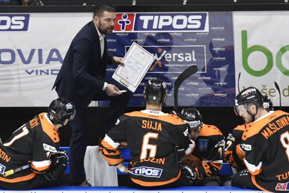Ilustračný obrázok k článku Strhujúce divadlo aj bitka na ľade: Pár minút pred koncom hokejisti otočili hru
