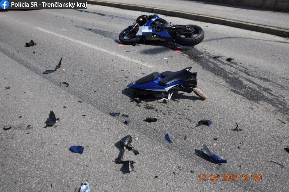 Ilustračný obrázok k článku Šokujúca nehoda v Prievidzi: U ťažko zraneného motorkára našli podozrivý materiál