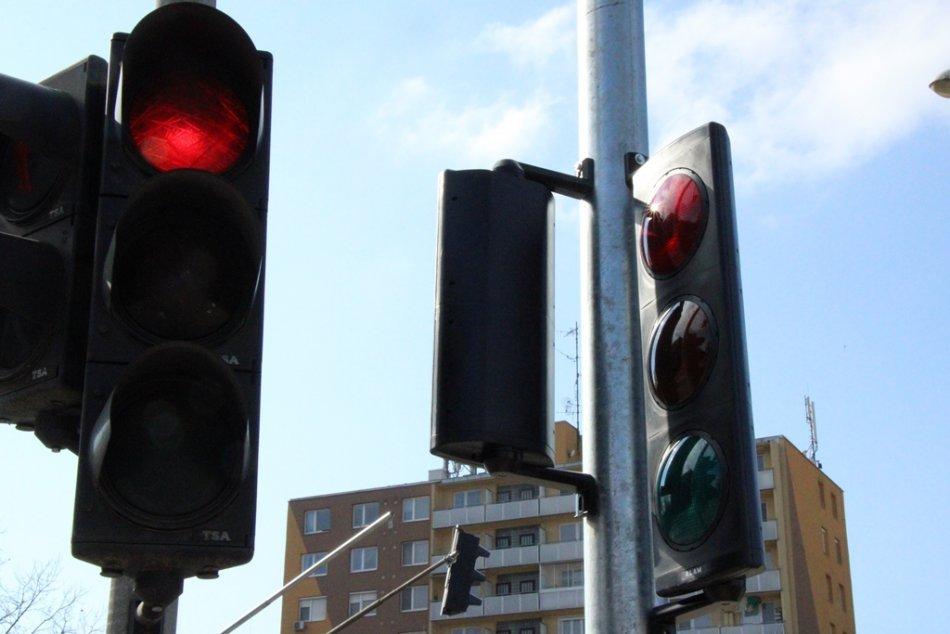 Ilustračný obrázok k článku Zmena v covid semafore: Popradský okres od pondelka mení farbu!