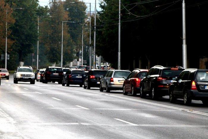 Ilustračný obrázok k článku Ulicami Bystrice jazdil vodič s vyše 2 promile: To však nie je jediné, čoho sa dopustil