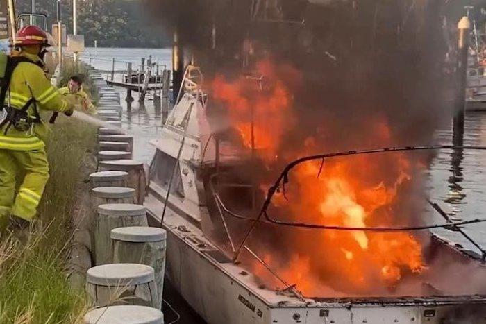 Ilustračný obrázok k článku SVET O SLOVENSKU: Hrôzostrašný výbuch lode ťažko zranil mladú Slovenku