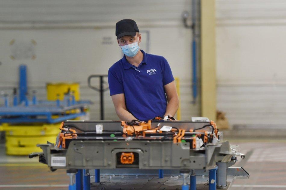 Ilustračný obrázok k článku A je to tu znovu: Automobilka zastavuje výrobu! Kedy sa tak stane?