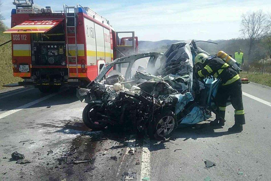 Ilustračný obrázok k článku Tragická nehoda na obchvate Žiaru: O život prišiel vodič osobného auta, FOTO