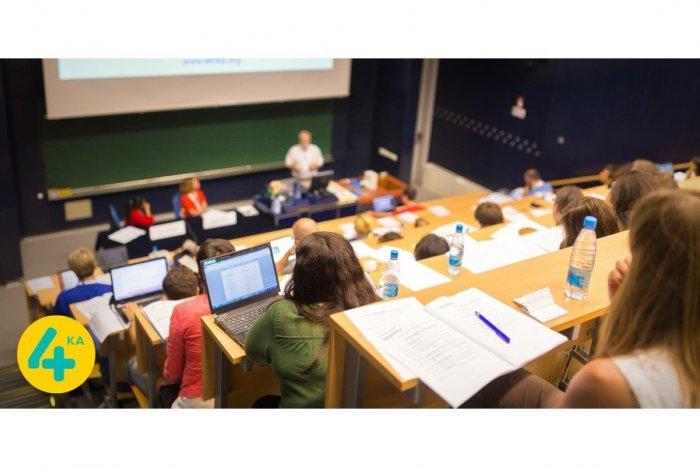 Ilustračný obrázok k článku Mobilný operátor 4ka umožní študentom FIIT STU nazrieť do telekomunikačného sveta