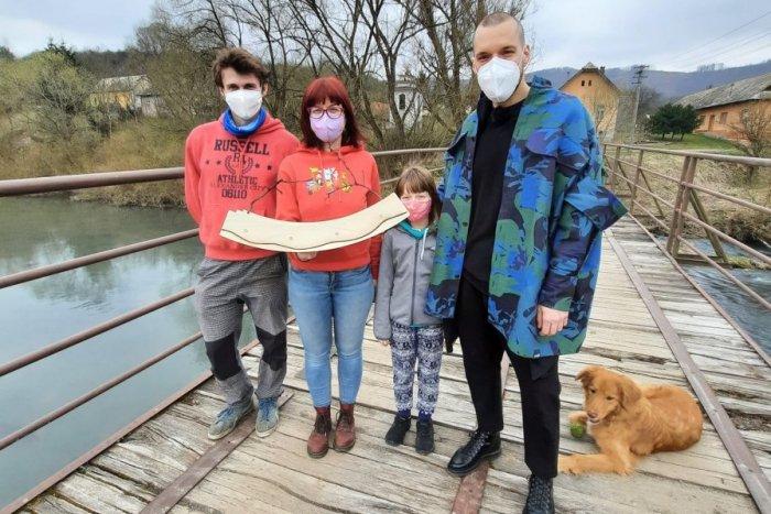 Ilustračný obrázok k článku Mladí aktivisti urobia šľachetný krok: O získané tisícky eur sa chcú podeliť