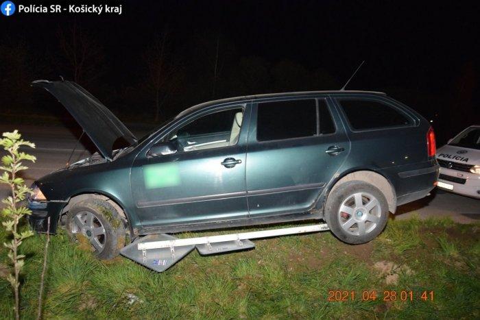Ilustračný obrázok k článku Rožňavčan sa vyznamenal: Zrámoval 4 autá, 2 značky a pozrite ako zaparkoval! FOTO