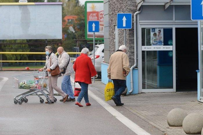 Ilustračný obrázok k článku SKVELÁ správa! Je tu KONIEC vyhradených seniorských hodín v obchodoch