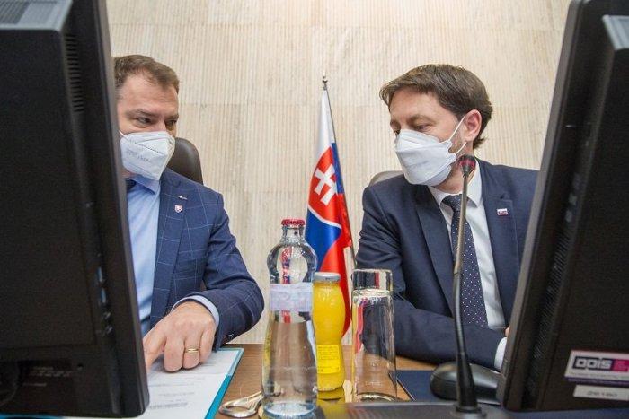 Ilustračný obrázok k článku Premiér poďakoval Matovičovi za neúnavné boje proti mafii, ktoré porazili Fica