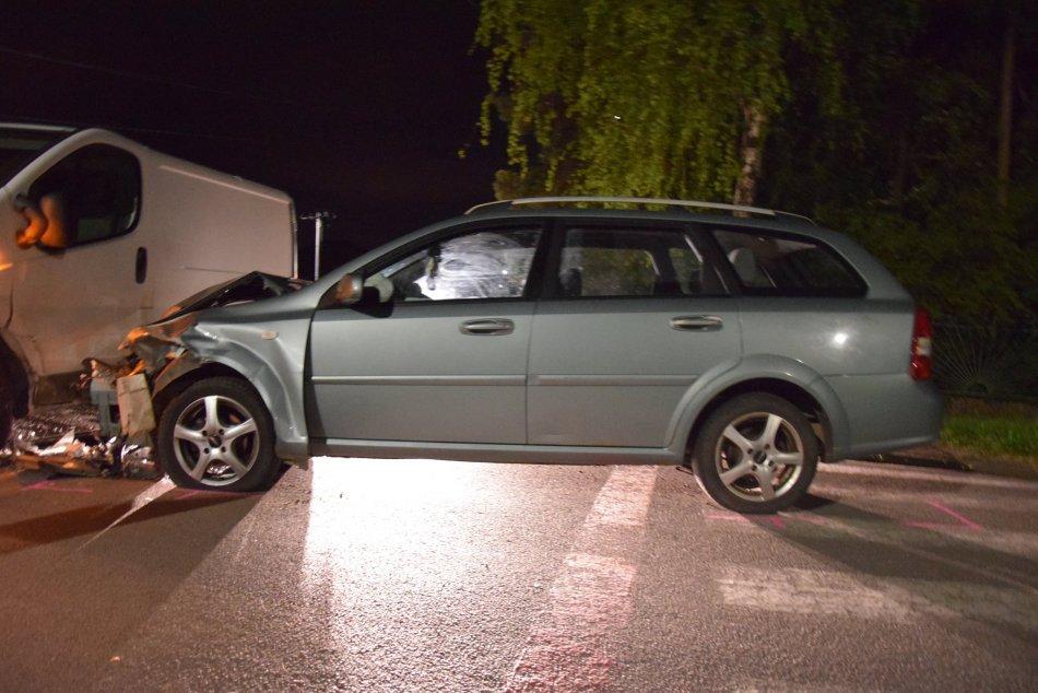 Ilustračný obrázok k článku Opäť úradoval alkohol: Vodič vrazil do dodávky, nafúkal vyše 2 promile!