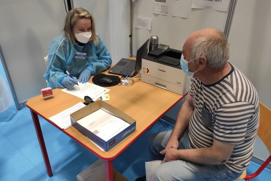 Ilustračný obrázok k článku Premiéra Pfizera lákala: V Trenčianskom kraji zlomili očkovací REKORD, FOTO