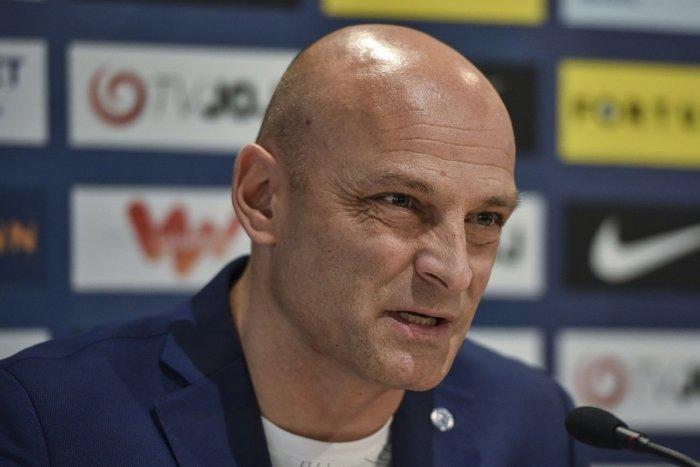 Ilustračný obrázok k článku Adrián Guľa skončil v Plzni: Pekná slová na rozlúčku od nováckeho trénera