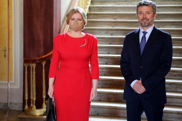 Ilustračný obrázok k článku Čaputová na návšteve u dánskeho princa: ZAŽIARILA v červených šatách! FOTO