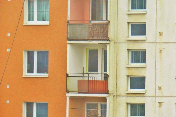 Ilustračný obrázok k článku Na Sekčove došlo k TRAGÉDII: Mladík neprežil pád z 8. poschodia